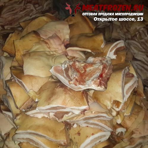 Щековина свиная на шкуре оптом